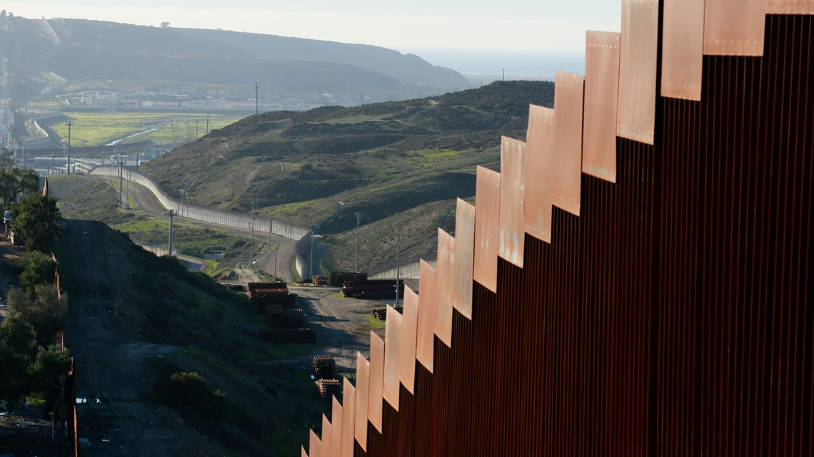 Shutdown day 18: Trump takes border wall case to prime-time audience