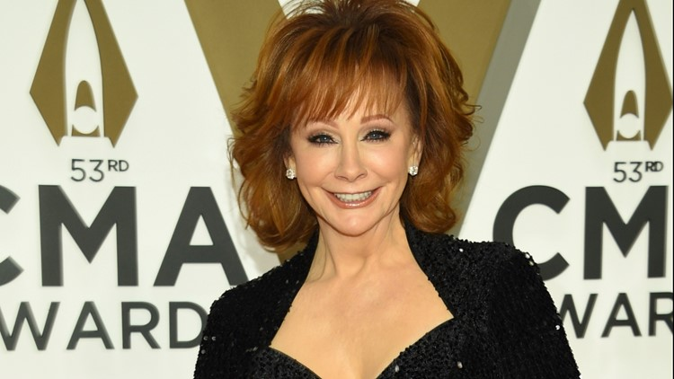 Country music sensation Reba McEntire headed to Little Rock