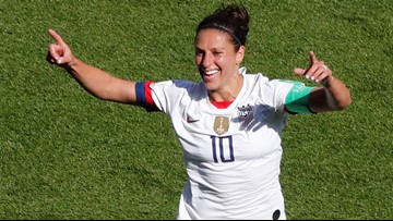US clinches spot in round of 16 at World Cup with 3-0 win over Chile