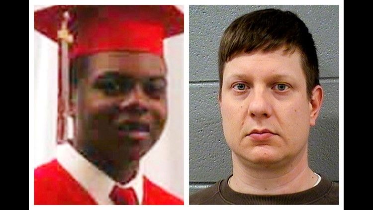 Jury sees video of Laquan McDonald shooting as officer's trial opens