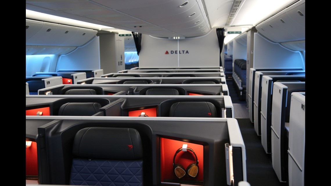 First Look Delta Shows Off First Boeing 777 Retrofitted With New