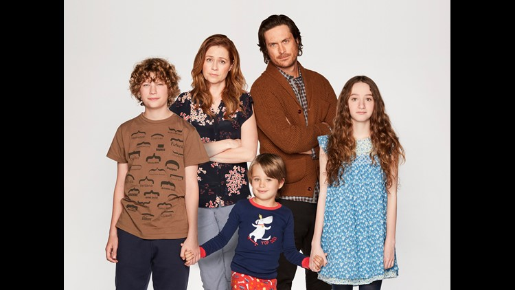 Splitting Up Together VAN CROSBY, JENNA FISCHER, SANDER THOMAS, OLIVER HUDSON, OLIVIA KEVILLE