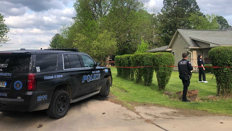 Police: 2 people injured in Fort Smith shooting, suspect in custody