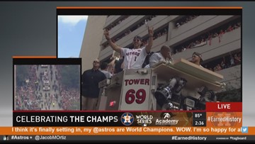 Astros players make their way through parade route by KHOU's Chita Craft