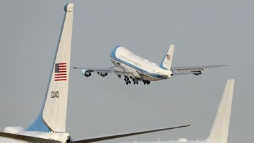 'Special Air Mission 41' flies over College Station to honor George H.W. Bush
