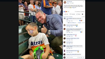 Hall-of-Famer Craig Biggio photobombs young fan sleeping during Astros game