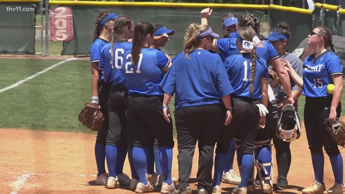 Conway softball outlasts Rogers to advance to 6A semifinals