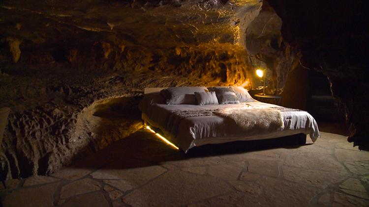 III.Beckham Creel Cave House