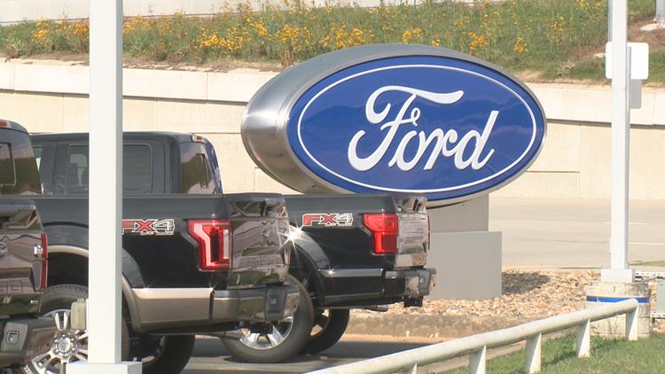 1 dead after overnight officer-involved shooting at car dealership in Jacksonville