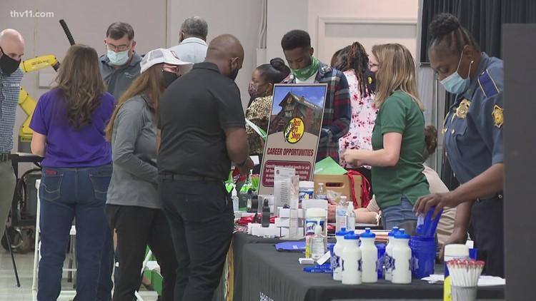 Arkansas Rep. French Hill hosts job fair for veterans