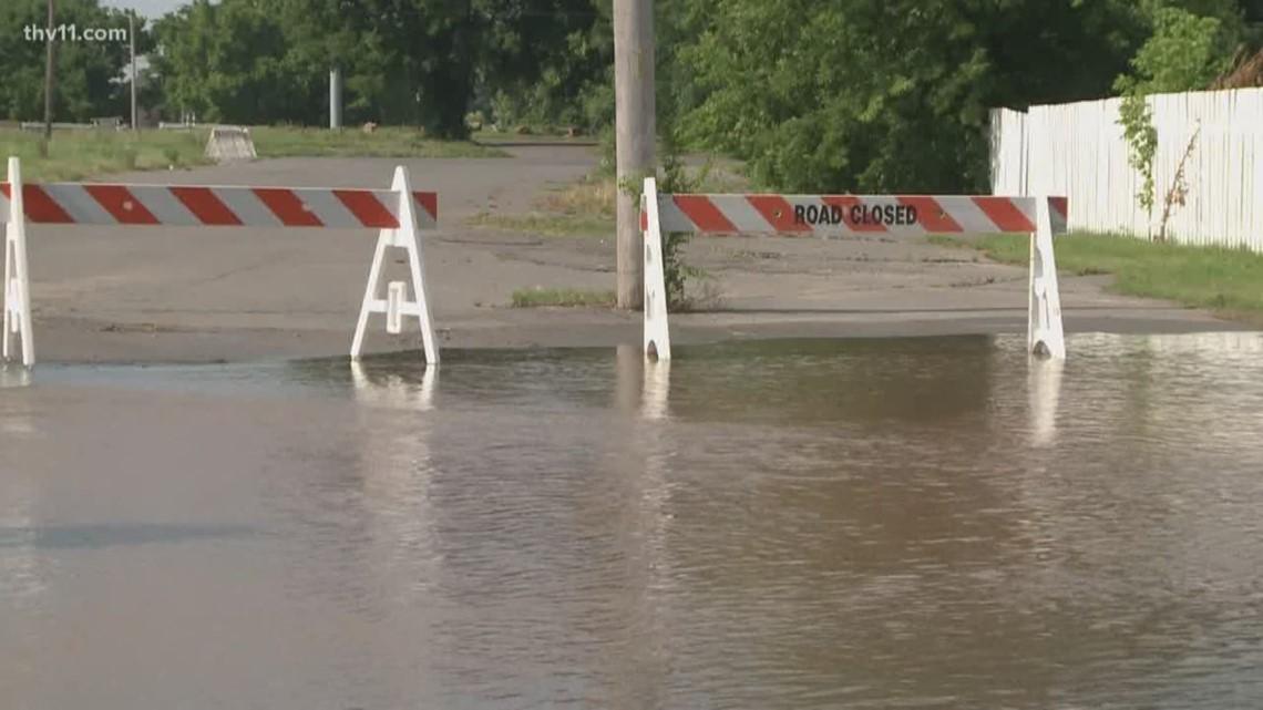 As North Little Rock Neighborhoods Are Evacuated