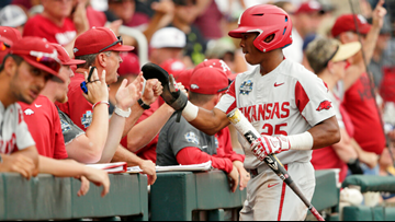 Hogs fall 5-4 to Texas Tech in Omaha elimination bracket