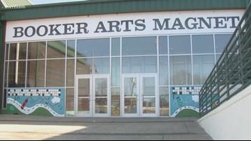 Booker 4th graders make blankets for homeless