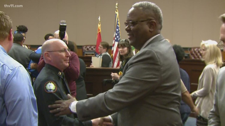 Little Rock Fraternal Order of Police overwhelmingly votes 'No Confidence' in Chief Humphrey