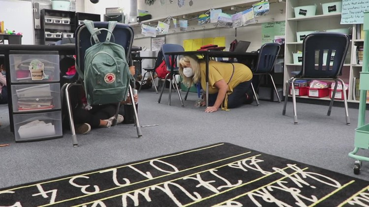 Arkansas schools take part in international earthquake safety drill