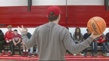 Bobby Bones gives back to high school roots in Arkansas