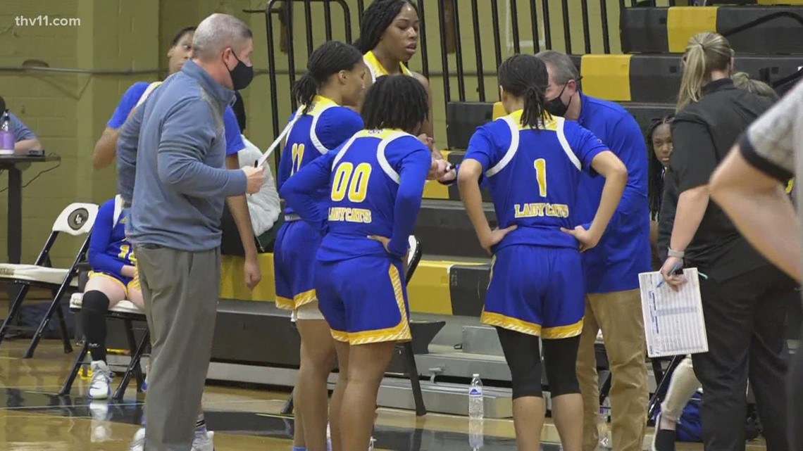NLR girls pick up road win over Central