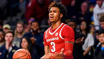 Perry dominates Hogs as Arkansas falls to Mississippi State