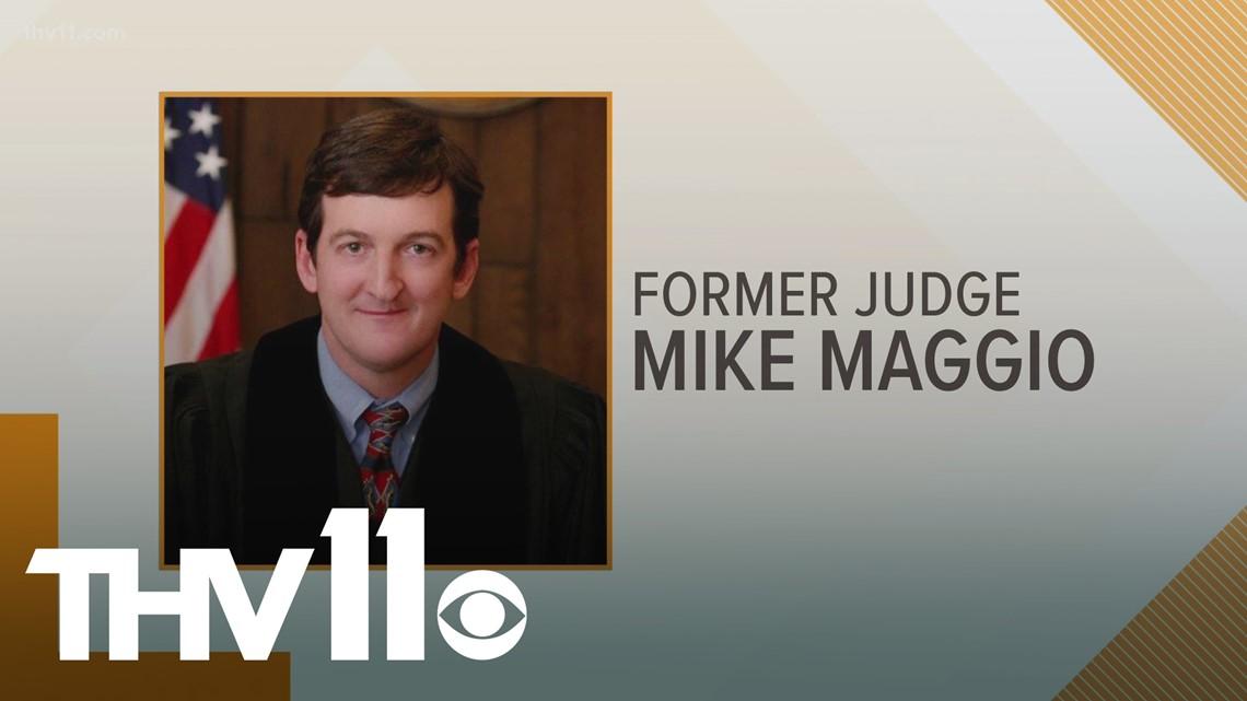 Former Arkansas judge convicted of accepting bribe testifies in Gilbert Baker trial