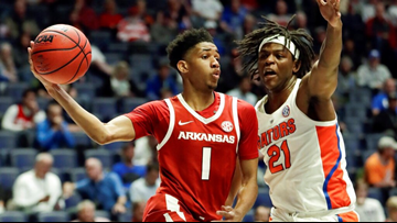 Razorbacks fall to Florida in opening round of SEC tournament