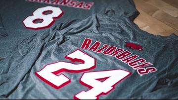 Razorbacks basketball team to honor Kobe Bryant with special warm-up shirts