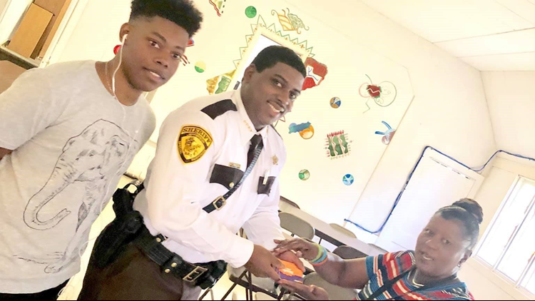 Jefferson County Sheriff's Office donates 50 gift cards to youth employment program