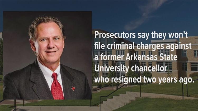 Prosecutor closes investigation into former ASU chancellor