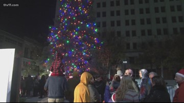 3-year-old cancer survivor lights Christmas tree
