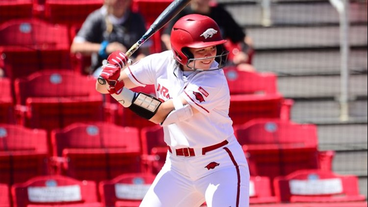 Razorback softball earns No. 6 national seed in NCAA Tournament