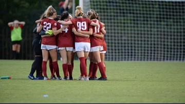 Goins becomes third Razorback to win SEC weekly award