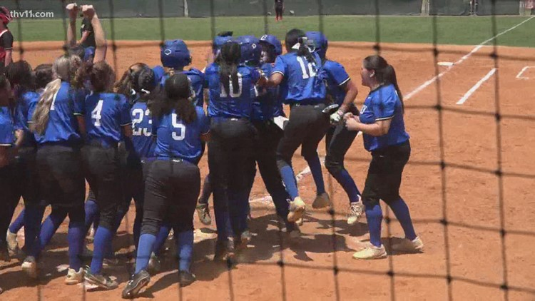 Conway softball going for first state title
