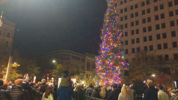 3-year-old cancer survivor lights downtown Little Rock Christmas tree