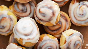 Asdflkj;h! You try typing with icing on your fingers, Burger King's Cini Minis are back!