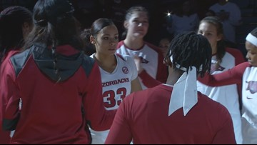 Dungee's 28 points leads Hogs past Tennessee Tech