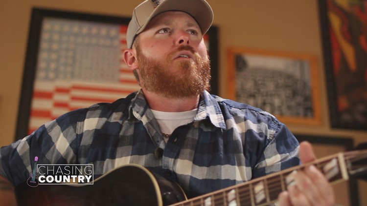 Arkansas native Heath Sanders signs deal with Sony, teases new song written by Rhett Akins