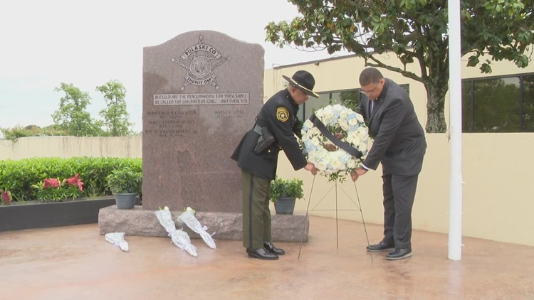 Pulaski County Sheriff's Office honors fallen deputies during memorial
