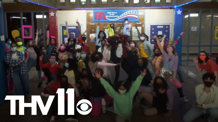 Parkview theatre students create movie musical