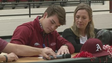 Cabot's Clayton Gray signs with Diamond Hogs