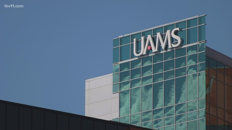 Military medical team arriving at UAMS
