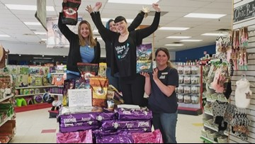 Maine woman driving over 3,500 pounds of dog food to Arkansas