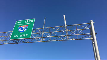 Big green sign falls onto I-440, causes freak accident, no injuries reported