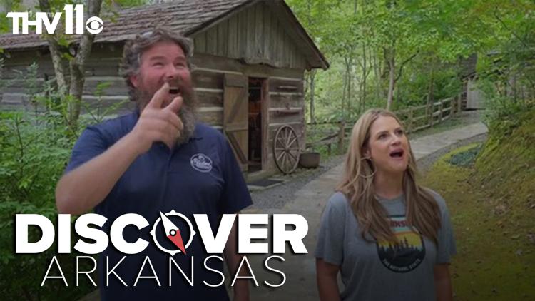 Adam Bledsoe joins Ashley King at the Natural Bridge to Discover Arkansas!