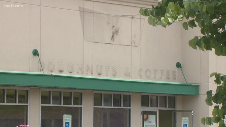 It's a sad day for donut lovers, Krispy Kreme in Little Rock is closing