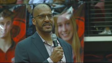 Russellville honors legendary Cylcone Corliss Williamson