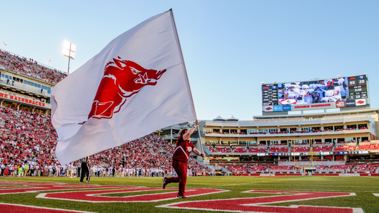 Arkansas' defense gets much more of challenge this week with Aggies