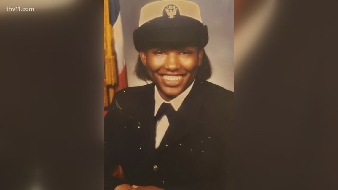 Former homeless veteran, mother of 6 to become UA-Little Rock  first-generation graduate | thv11.com
