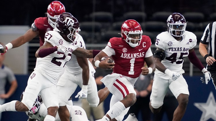 Razorbacks hold off Texas A&M in nail biter to remain undefeated