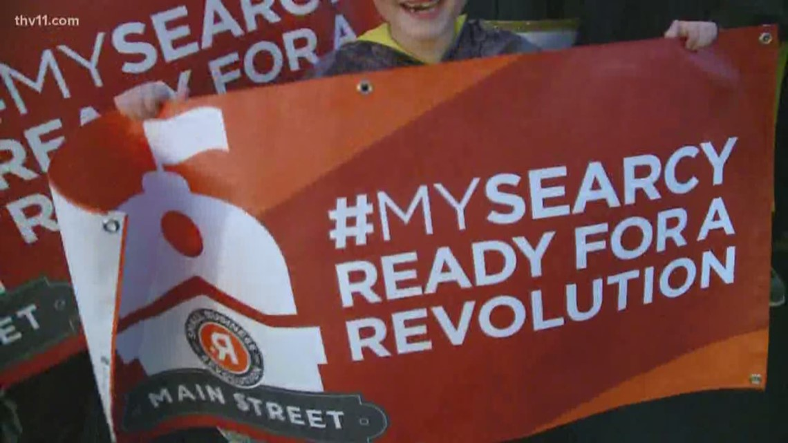 Searcy gathers in support on the last day to vote for Small Business Revolution