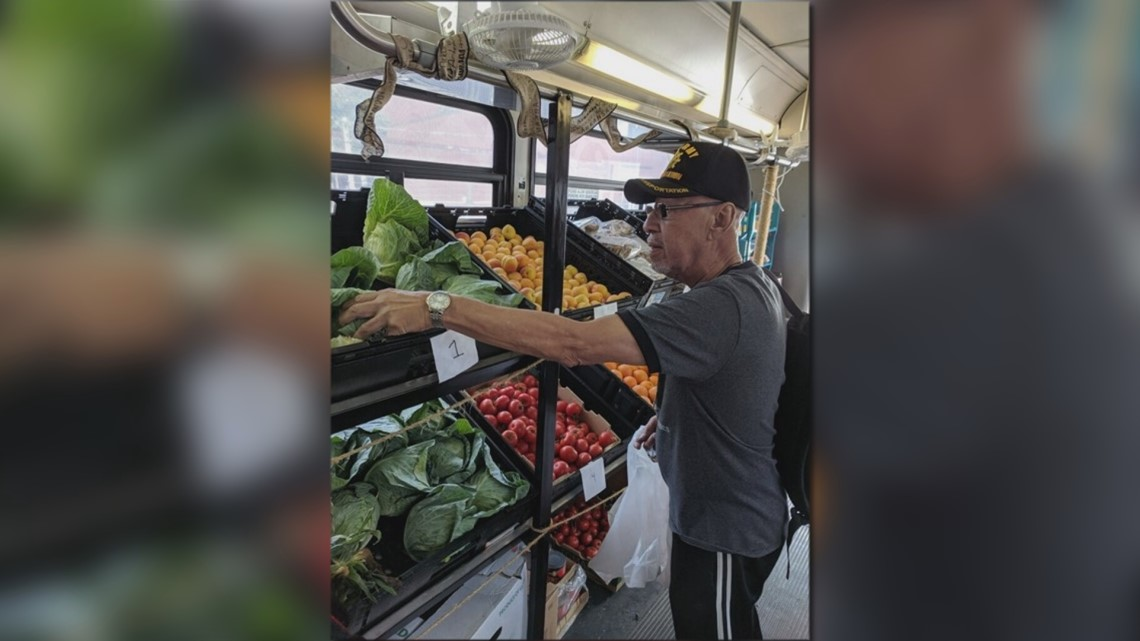 Fresh 2 You now delivering groceries to Little Rock veterans every month