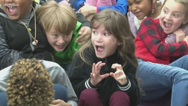 Ida Burns Elementary students get a little noisy on the Reading Roadtrip